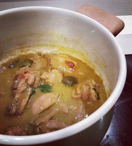 FAnnu Suen_Green Curry